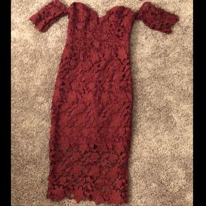 Ruby Red Laced Bodycon Dress 👗👠
